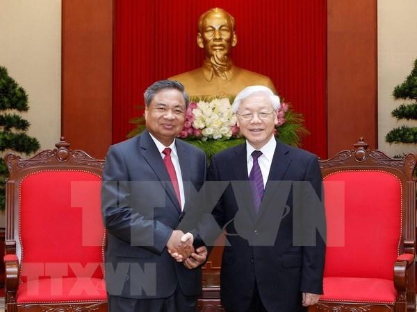 Refuerzan nexos partidistas Vietnam-Laos hinh anh 1