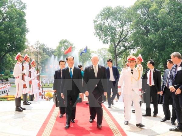 Gobernador general de Australia concluye visita a Vietnam hinh anh 1