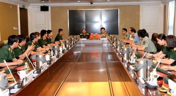 Celebran programa de intercambio militar entre Vietnam y China hinh anh 1