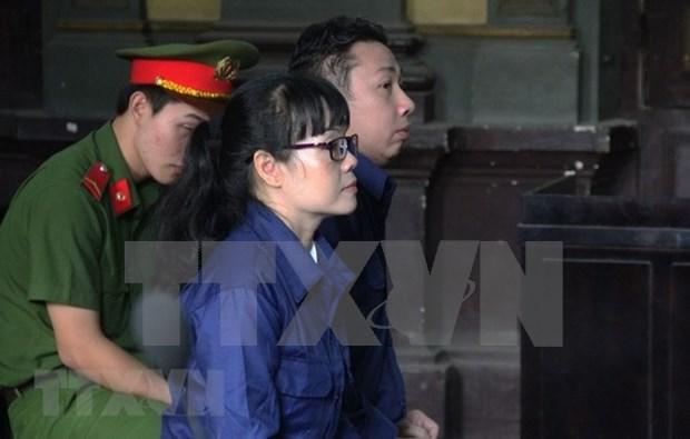 Mantienen sentencia a exfuncionaria de Vietinbank por fraude bancario millonario hinh anh 1