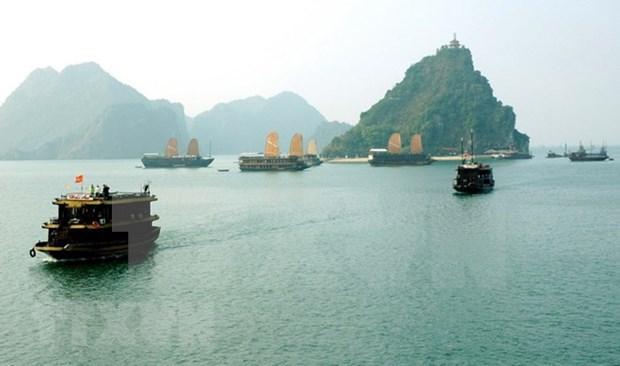 Quang Ninh recibe mas de seis millones de turistas en lo que va de ano hinh anh 1