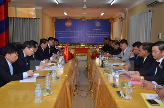 Frentes de la Patria de Vietnam y Camboya estrechan solidaridad hinh anh 1