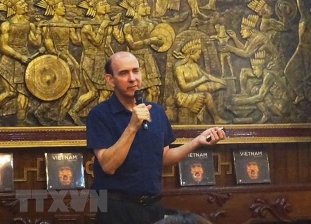 Publican libro de fotos de pagodas en Vietnam de reportero frances hinh anh 1