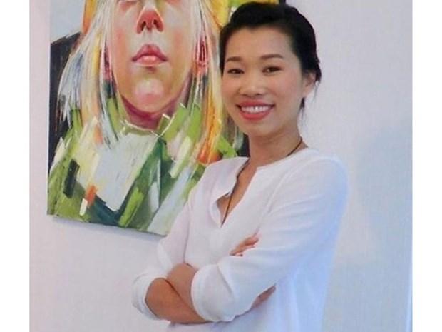 En Ciudad Ho Chi Minh exposicion de artes Vietnam y Francia hinh anh 1