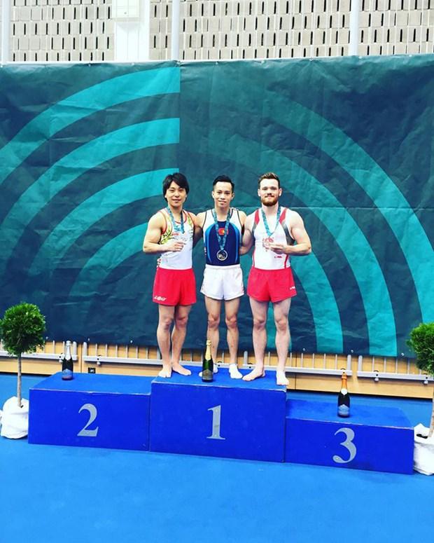 Gimnastas vietnamitas conquistan medallas de oro en Copa Mundial hinh anh 1