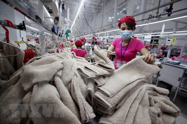 Industria de confeccion textil de Vietnam reporta crecimiento en mercados tradicionales hinh anh 1