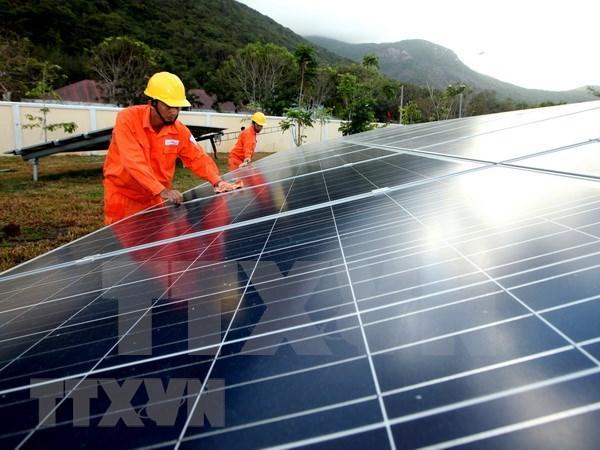 Comienzan construccion de granja solar Gelex Ninh Thuan hinh anh 1