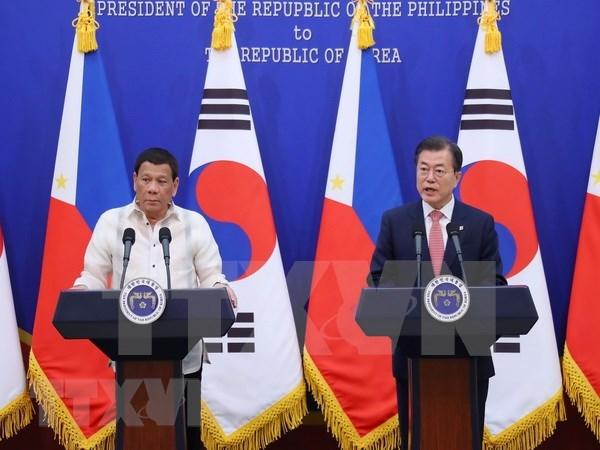 Presidentes de Corea del Sur y Filipinas acuerdan intensificar cooperacion bilateral hinh anh 1