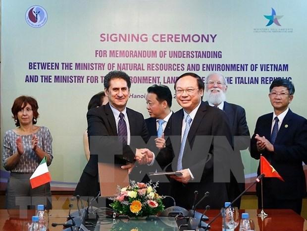 Vietnam e Italia colaboran en medio ambiente y adaptacion al cambio climatico hinh anh 1