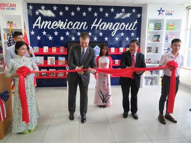 Inauguran en Vietnam primer modelo de estudio interactivo de Estados Unidos hinh anh 1