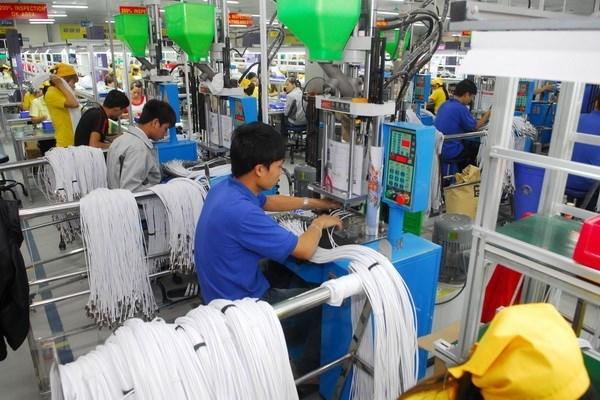Leve descenso de nuevas empresas asentadas en Vietnam en mayo hinh anh 1