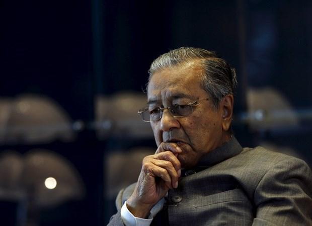 Premier malasio prohibe a ministros recibir obsequios hinh anh 1