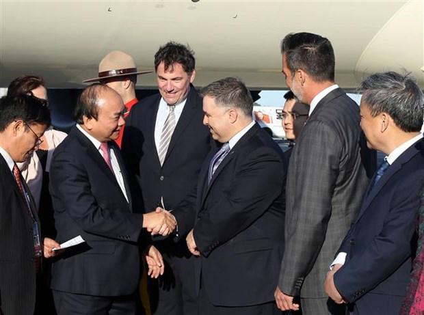 Premier de Vietnam disfruta de un show tecnologico inteligente en Canada hinh anh 1