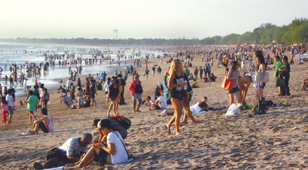 Indonesia apunta a 700 mil turistas indios en 2018 hinh anh 1