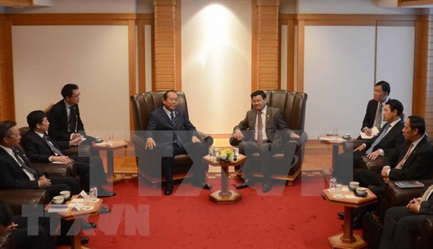 Vicepremier de Vietnam se reune con lideres sudesteasiaticos hinh anh 1