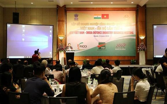 Fomentan cooperacion entre empresas de defensa de Vietnam e India hinh anh 1