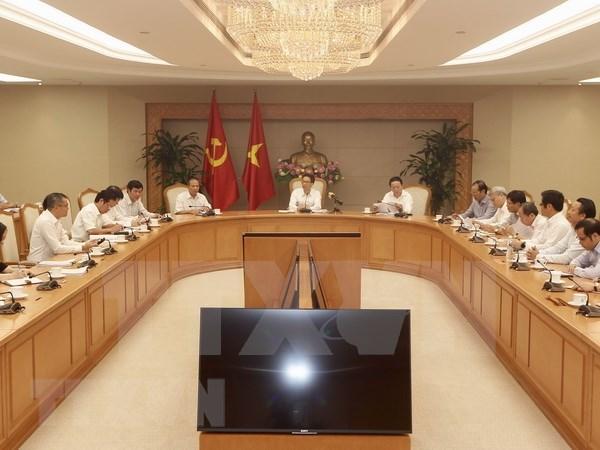 Organo de Vietnam debate sobre desarrollo sostenible y elevacion de la competitividad hinh anh 1