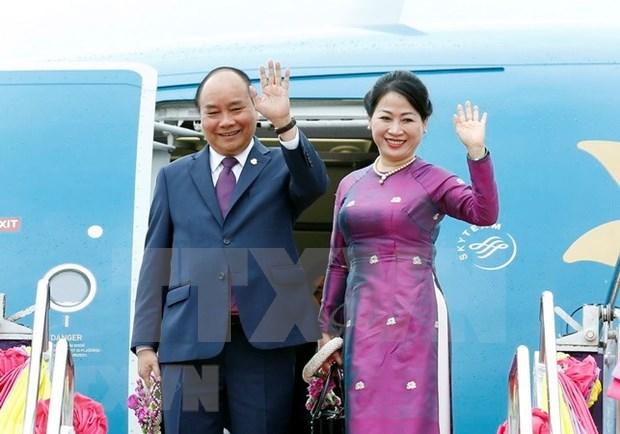 Premier vietnamita concluye con exito participacion en cumbres de ACMECS y CLMV hinh anh 1