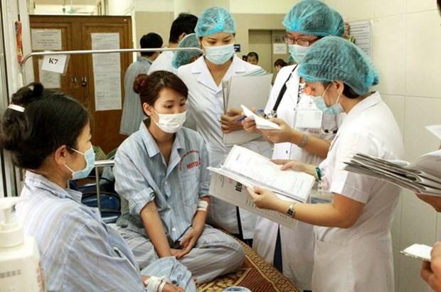 Expertos vietnamitas llaman a prevenir la violencia contra el personal medico hinh anh 1
