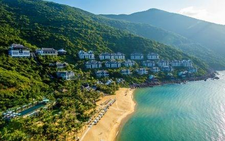 El turismo contribuye de forma notable al desarrollo economico de Da Nang hinh anh 2