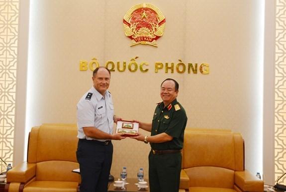Vietnam y Estados Unidos cooperan en operaciones de busqueda y rescate hinh anh 1