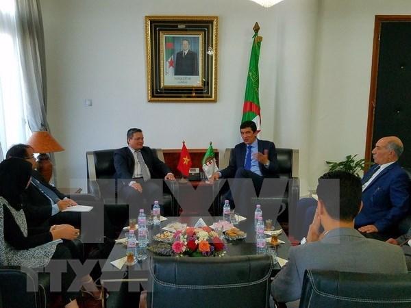 Vietnam celebra programa de promocion comercial en provincia argelina de Mostagan hinh anh 1