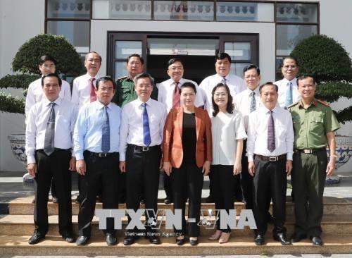 Presidenta parlamentaria de Vietnam recorre por la provincia surena de Bac Lieu hinh anh 1