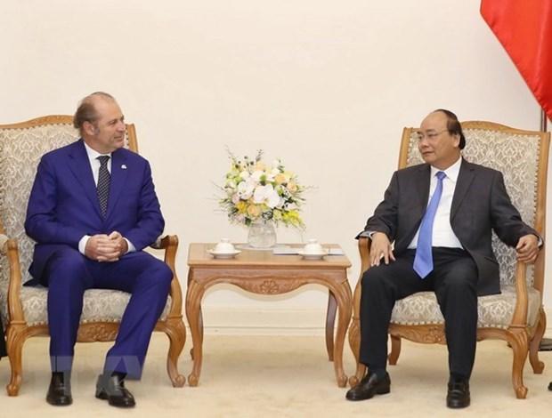 Premier vietnamita recibe al director general grupo italiano de seguros Generali hinh anh 1