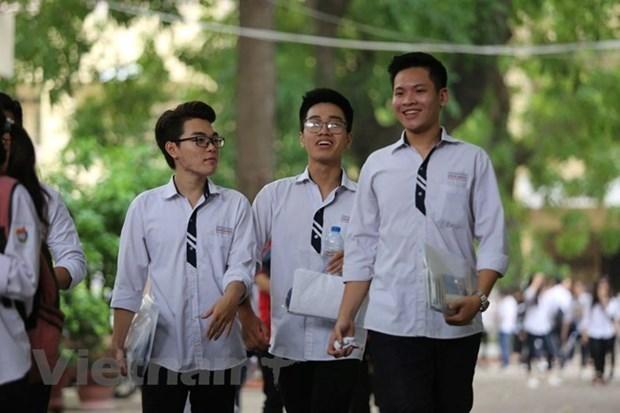 Bachilleres de Vietnam dispuestos para examenes nacionales hinh anh 1