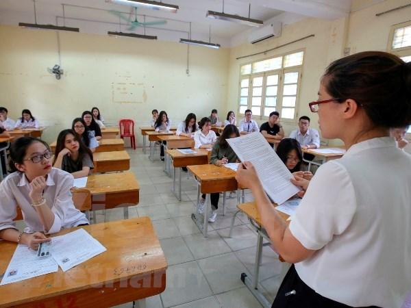 Mas de 900 mil alumnos de preuniversitario inician en Vietnam pruebas finales hinh anh 1