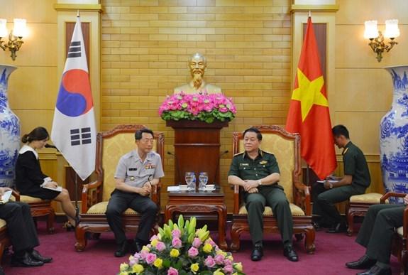Vietnam y Sudcorea robustecen cooperacion militar hinh anh 1