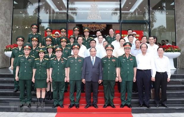 Premier de Vietnam resalta logros de Viettel hinh anh 1