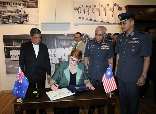 Malasia y Australia buscan fomentar cooperacion en defensa hinh anh 1