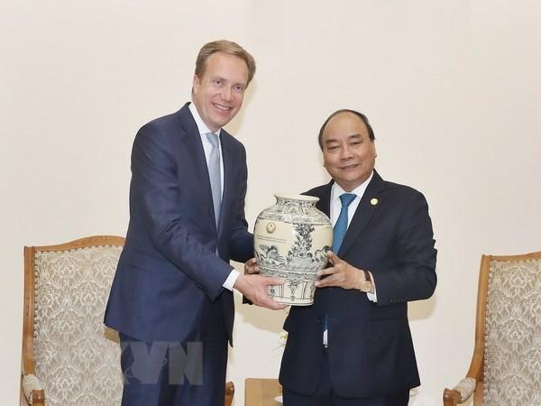 Premier de Vietnam solicita el apoyo de FEM para promover las imagenes de su pais hinh anh 1