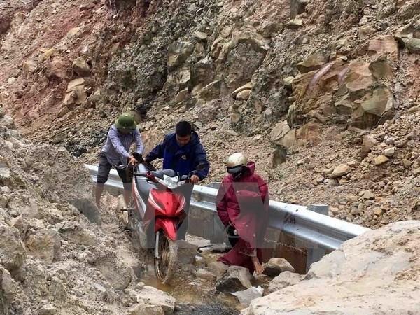 Se elevan a 19 los fallecidos por inundaciones en provincias norvietnamitas hinh anh 1