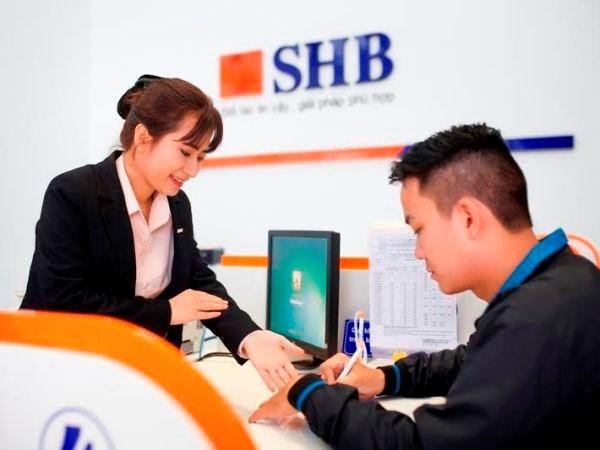 Banco vietnamita SHB honrado por su excelencia empresarial hinh anh 1