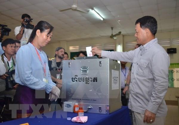 Casi 45 mil observadores supervisaran elecciones legislativas en Camboya hinh anh 1