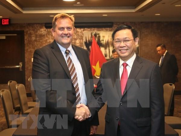 Vicepremier de Vietnam dialoga con empresas estadounidenses hinh anh 1
