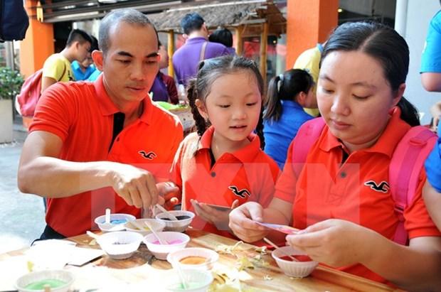 Expertos nacionales y extranjeros analizan particularidades de la familia vietnamita hinh anh 1