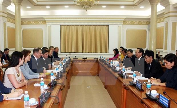 Ciudad Ho Chi Minh y San Petersburgo impulsan colaboracion multisectorial hinh anh 1
