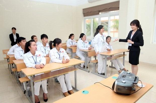 Vietnam busca mejorar habilidades de enfermeros hinh anh 1