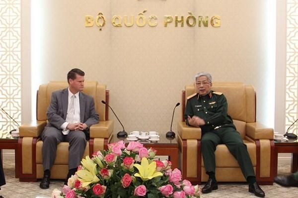 Vietnam y Estados Unidos fortalecen cooperacion en defensa hinh anh 1
