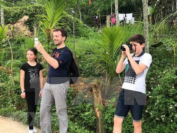 Vietnam prorroga la exencion de visado para turistas de cinco paises europeos hinh anh 1
