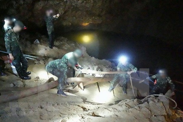 Tailandia avanza en busqueda de equipo de futbol infantil desaparecido en cueva hinh anh 1