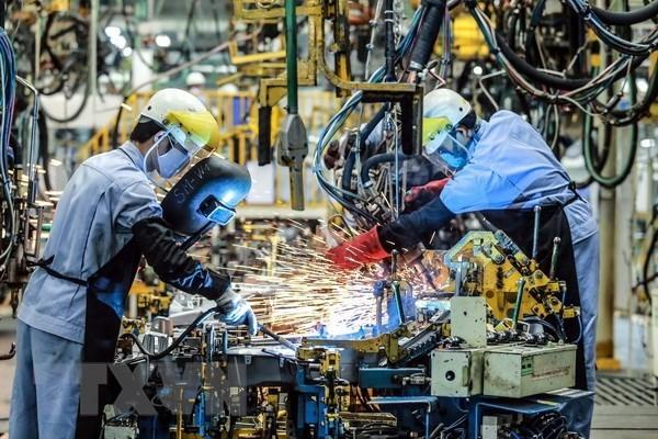Periodico japones destaca mejoramiento del sector manufacturero de Vietnam en junio hinh anh 1