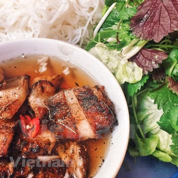 Celebran exhibicion de pasteles tradicionales en provincia vietnamita de Thua Thien - Hue hinh anh 1