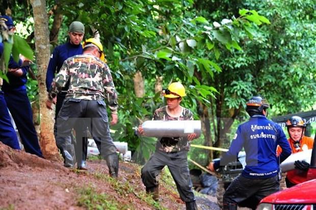 Lluvias obstaculizan rescate de equipo de futbol infantil tailandes atrapado en cueva hinh anh 1