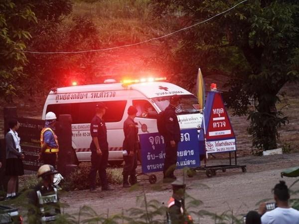 Rescate en cueva de Tailandia: evacuan a cuatro ninos mas hinh anh 1