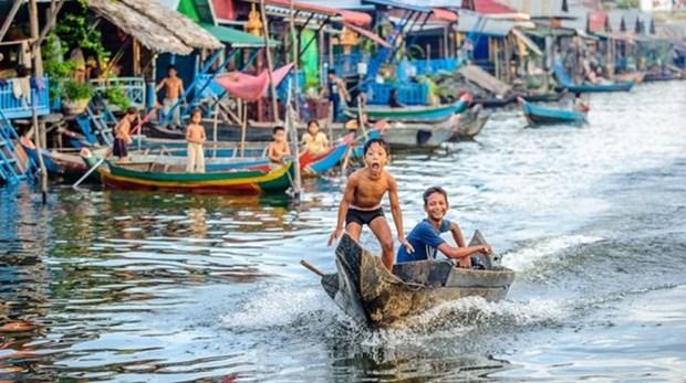 Vietnam abre curso de idioma materno para ninos connacionales en Tonle Sap hinh anh 1
