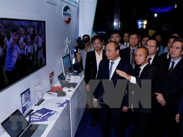 Premier vietnamita propuso considerar a empresas como centro para la innovacion hinh anh 1